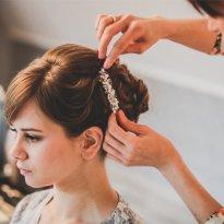 www.elena-zinn.de_Hochzeitsfrisur_Make-up_005